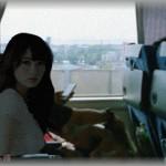 【嫉妬】新幹線で偶然隣り合わせた幼馴染みと話し込んだ時、視線を感じてふと見ると、幼馴染み彼女の怒りの視線が怖すぎて・・・